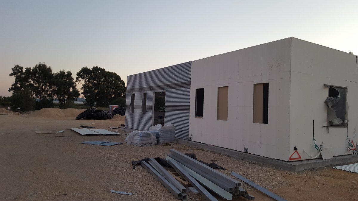 בניית מכולות למכירה